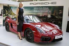 7 mars 2016 - Porsche, Nike et Tag Heuer larguent Maria Sharapova -Porsche est le troisième commanditaire à prendre ses distances avec Sharapova après l'équipementier américain Nike et l'horloger suisse Tag Heuer.