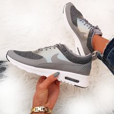 brand new cd13f 56452 Nike Air Max Thea Knit - grau grey weiss white  Foto sneakerparadies