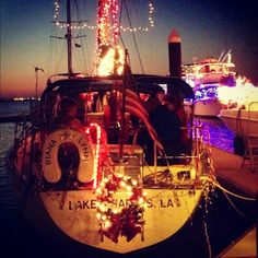 Check out this view of the Boat Parade in Lake Charles! #christmas #boatparade #visitlakecharles - @nancynurse44- #webstagram