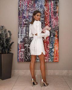 "18e16be2d5c Camila Coelho no Instagram  "" AboutLastNight in the most beautiful white   zimmermann dress 💛  ootn ------ De Branco"