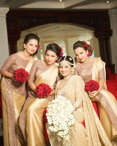 Bridesmaid Saree, Indian Bridesmaids, Brides And Bridesmaids, Bridesmaid Colours, Glamorous Wedding, Red Wedding, Wedding Bride, Srilankan Wedding, Cascading Bridal Bouquets