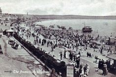 Weymouth beach Old Images, Old Photos, Weymouth Beach, Portland Dorset, Edwardian Era, Paris Skyline, Perspective, Beautiful Places, Places To Visit