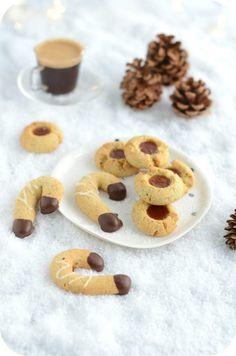 SABLES AUX RAISINS SECS ET AU RHUM – Paprikas Biscuit Cookies, Vanilla Sugar, Food Categories, Almond Recipes, Shortbread, Sesame, Biscuits, Sweets, Baking