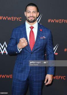 Roman Reigns Wwe Champion, Wwe Superstar Roman Reigns, Wwe Roman Reigns, Roman Reings, Wrestling Stars, Wwe Wallpapers, Wwe Champions, Brock Lesnar, Lucky Ladies