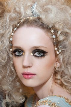 Makeup look for #Chanel Cruise Dubai 2014/15 by Tom Pecheux #chanelcruisedubai