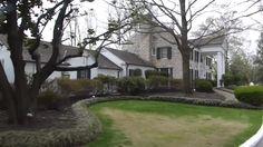 {*Elvis's home Graceland*}