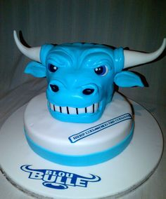 Blue Bulls Cake for the guys Rugby Cake, Birthday Cakes For Men, Party Planning, Cake Ideas, 3 D, Printing, Guys, Amazing, Desserts