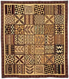 zubenpics:  This is the second week that I'm highlighting quilts from New Zealand as part of my visit there. In addition to the blue and gre...