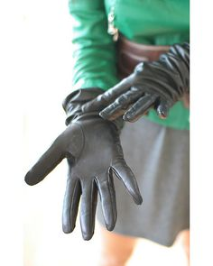 L gloves | Jinny (Gloved Agent) | Flickr
