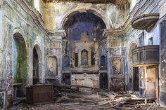 Abandoned Catholic chapel in Salerno, Italy.