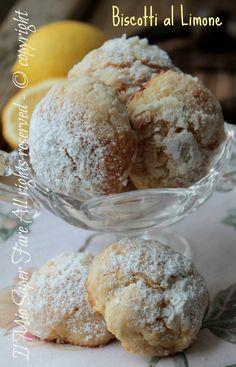 Biscotti al limone morbidi e delicati