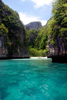 Ko Phi-Phi Island, Thailand  Whether it's adventure or sunbathing, it's got to be Koh #PhiPhi, Thailand. P.S. Seize the moment! http://phi-phi.com