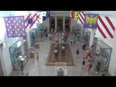 30 seconds Overlooking Crowds at the Metropolitan Museum of Art