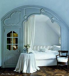 27 Awesome Vintage Interiors Architecture Ideas for Your Best House - vintaget. , 27 Awesome Vintage Interiors Architecture Ideas for Your Best House - vintagetopia - Flawless 27 Awesome Vintage Interiors Architecture Ideas for . Alcove Bed, Bed Nook, Cozy Nook, Unique Home Decor, Cheap Home Decor, Teenager Zimmer Design, Home Bedroom, Bedroom Decor, Design Bedroom