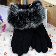 Faux Fur Gloves - Black #cuteblackgloves #accessoryhut