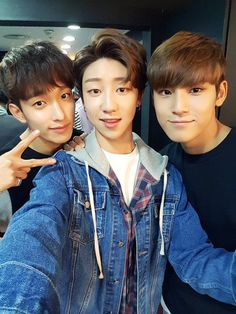So here we have: beautiful, beautiful and beautiful aka seokmin, minghao and mingyu
