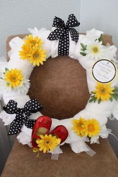 Diaper Wreath- Adorable!..  For the next family baby shower....