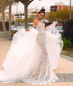 Plus Size Wedding Dress 2019 Elegant Lace Mermaid Sweetheart With Removable Train. Custom Sizing Available. Sexy Wedding Dresses, Princess Wedding Dresses, Elegant Dresses, Beautiful Dresses, Wedding Gowns, Luxury Wedding Dress, Casual Bridal Dresses, Extravagant Wedding Dresses, Cinderella Wedding