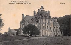 Château de Balleroy (Normandie): la façade sur jardin. Photo: photographe inconnu / A. Duboscq (Commes), vers 1910. eBay 181993448269.