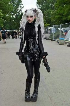 26th WGT 2017 - Official Website Wave-Gotik-Treffen Leipzig www.wave-gotik-treffen.de/english/
