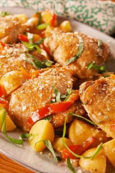 Food and Drink Recipes: Slow-Cooker Tuscan Chicken Best Slow Cooker, Slow Cooker Recipes, Cooking Recipes, Crockpot Recipes, Drink Recipes, Crockpot Dishes, Fall Recipes, Meat Recipes, Perfect Baked Chicken Breast
