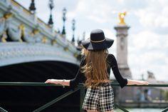 #paris #ensaiosfotograficosemparis #ensaiosfotograficosemparis #louvre #fotosparis #fotoemparis #fotografobrasileiroemparis #fotografoemparis #ensaioluademel #fotoemparis #fotografoemparis #ensaioparis #ensaioparis #filipexavierphotography #bookparis #lovesession #ensaioromanticoemparis Book 15 Anos, Paris Photos, Louvre, Fashion, First Night Romance, Moda, Fashion Styles, Fashion Illustrations