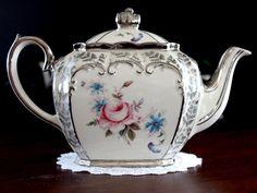 possible tea pot option Tea Cup Saucer, Tea Cups, Coffee Cups, Coffee Pot Cleaning, Silver Tea Set, Tea Pot Set, Teapots And Cups, My Cup Of Tea, Tea Service
