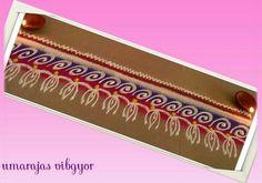 Border rangoli designs are usually made at the entrance of pooja room or the house. People also make border rangoli along the exterior wall of the house. Rangoli Designs Photos, Colorful Rangoli Designs, Beautiful Rangoli Designs, Rangoli Colours, Rangoli Patterns, Indian Rangoli, Diwali Rangoli, Latest Rangoli, Pooja Rooms