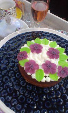 Tarta de Santiago con mazapan