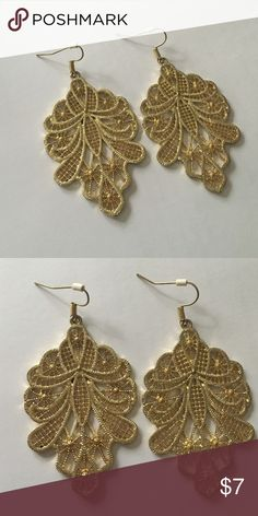 Earrings Beautiful detailed gold tone color earrings , perfect condition , nothing wrong just don't wear them ALDO Jewelry Earrings