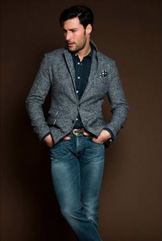 Jeans and blazer Sharp Dressed Man, Well Dressed Men, Looks Style, My Style, Style Men, Mens Fashion Blog, Lifestyle Fashion, Men's Fashion, Gray Jacket