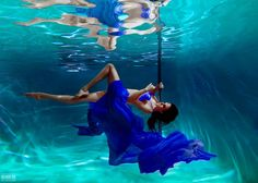 by Светлана Беляева - Photo 136266555 - Pool Photography, Underwater Photography, Photography Portfolio, Image Photography, Portrait Photography, Underwater Photoshoot, Underwater Video, Ocean Underwater, En Immersion