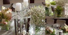Trabajos en decoración, organización integral de eventos, ambientaciones, vidrieras creativas, restauración de muebles, asesoría de estilo.