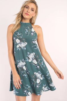 Trendy Ideas For Summer Outfits : Paisley Floral Print Shift Dress - Fashion Inspire Chic Summer Outfits, Casual Chic Summer, Women's Summer Fashion, Summer Dresses, Cute Outfits, Robe Swing, Swing Dress, Moda Floral, Green Shift Dress