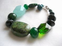 Chunky Green Stone Bracelet by bluewhitewear on Etsy,
