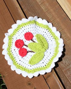 Scalloped Cherry Dishcloth | FaveCrafts.com