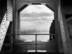A view of the city from the New York tower of George Washington Bridge, 168th Street & Hudson River, on December 22, 1936. (Jack Rosenzwieg/Courtesy NYC Municipal Archives)