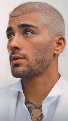 Zayn Malik Style, Zayn Malik Photos, Harry Styles, Zayn Malik Wallpaper, Zayn Malik Hairstyle, Zayn Mallik, One Direction Photos, Perfect Boy, Most Beautiful Man