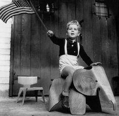 Eames Plywood Elephant, 1945