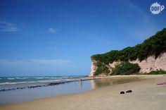 Praias da Pipa. Praia dos Golfinhos, logo ao lado da praia do centro. Saiba como chegar lá em http://deixadefrescura.com/2013/03/natal-rn-viagem-praia-pipa.html