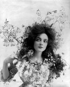 Vintage Photography: Miss Marie Doro by Burr McIntosh 1902