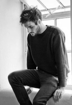 Image via We Heart It #beard #black #boy #brown #clothes #goodlooking #guy #hair #handsome #Hot #man #sad #that #wow