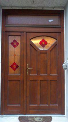 Jednoduché vzory, atypy, netradičné tvary, so špeciálnym sklom - také sú nové fotografie vchodových dverí z našej dielne v sekcii Vchodové dvere našej webstránky www.df-s.sk/vchodovedvere.html#newones. Budeme len radi ak budú pre vás inšpiráciou! No každý nový tvar pre vchodové dvere je pre nás výzvou, s ktorou sa radi popasujeme...;)