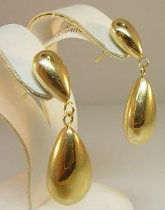 14 Karat Yellow Gold Pear Shape Dangle Earrings