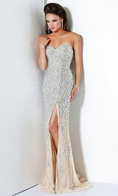 This is my senior prom dress found it last year and im only a junior haha its from jovani <3