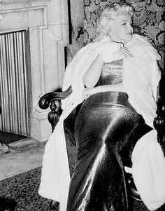 Always Marilyn Monroe: Photo Rare Marilyn Monroe, Marilyn Monroe Photos, Rare Images, Rare Pictures, Classic Hollywood, Old Hollywood, Marilyn Moroe, Nostalgia, Norma Jeane