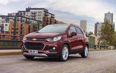 Começou a pré-venda do novo Chevrolet Tracker 2017, que foi apresentado durante o Salão do Automóvel de São Paulo 2016, em que os preços tiveram pequena alteração em relação às versões anteriores. Confira!  #carros #suv #chevrolet #salaodoautomovelsp #tracker2017 #brinquedosdehomem