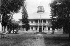 Palais de la reine Pomare IV à Taraho'i , Papeete #old #Tahiti