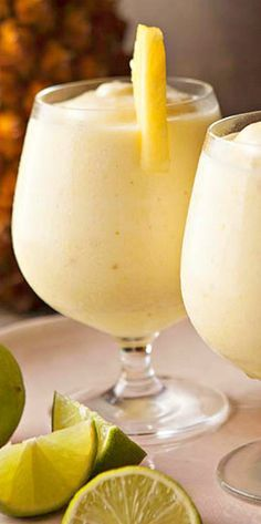 Frozen Pineapple Daiquiri ~ with or without the rum Mixed Drinks With Rum, Frozen Daiquiri, Drinks With Bacardi Rum, Frozen Alcoholic Drinks, Frozen Mixed Drinks, Frozen Drink Recipes, Frozen Cocktails, Summer Cocktails, Cocktail Drinks
