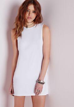 Missguided - Robe évasée blanche en jersey sans manches